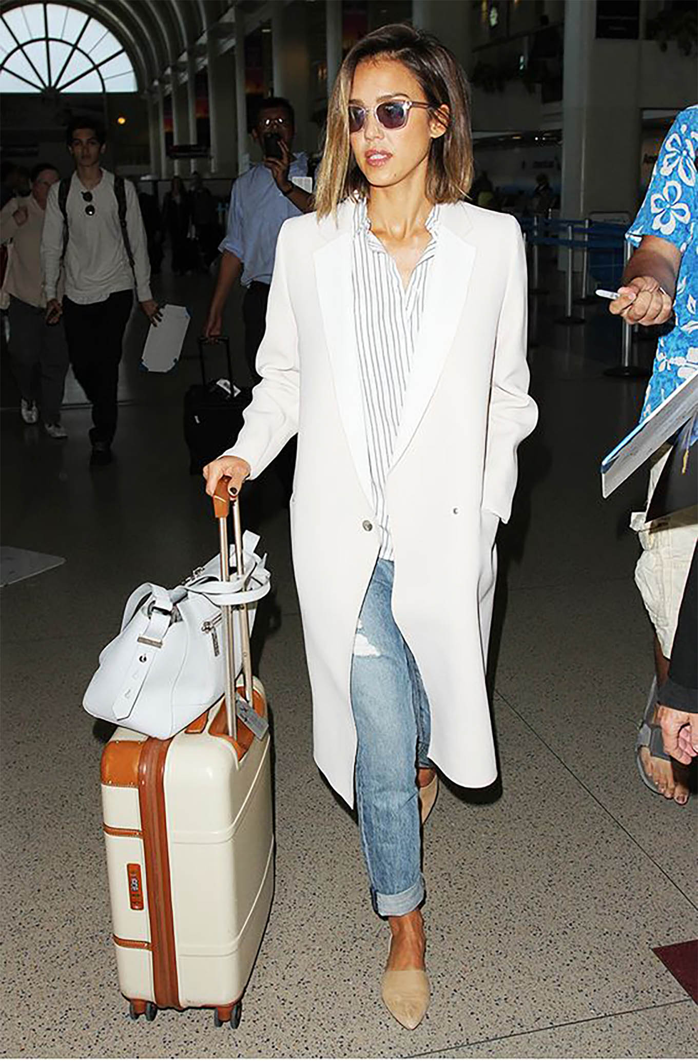 Splurge or Steal Jessica Albas Travel Style  Hello Fashion