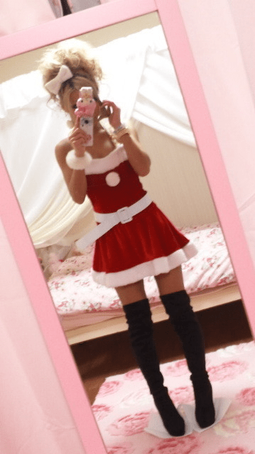 Risa gyaru coord for Christmas