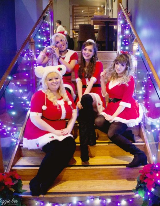 Christmas Gyaru Meet with QueenE!
