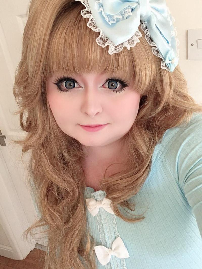 Danielle, plus size hime gyaru from the UK
