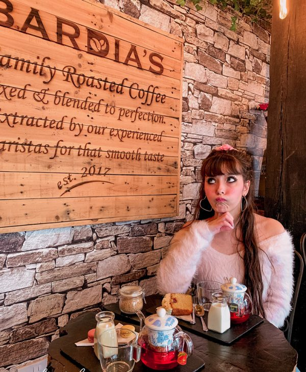 Bardia's: Inside Stratford's Loveliest Coffee Shop!