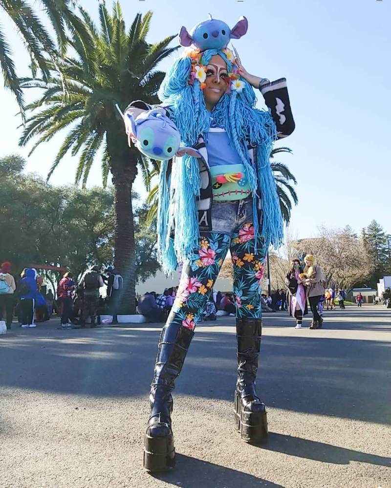 How to deal with online hate when wearing alternative fashion like Yamanba Gyaru