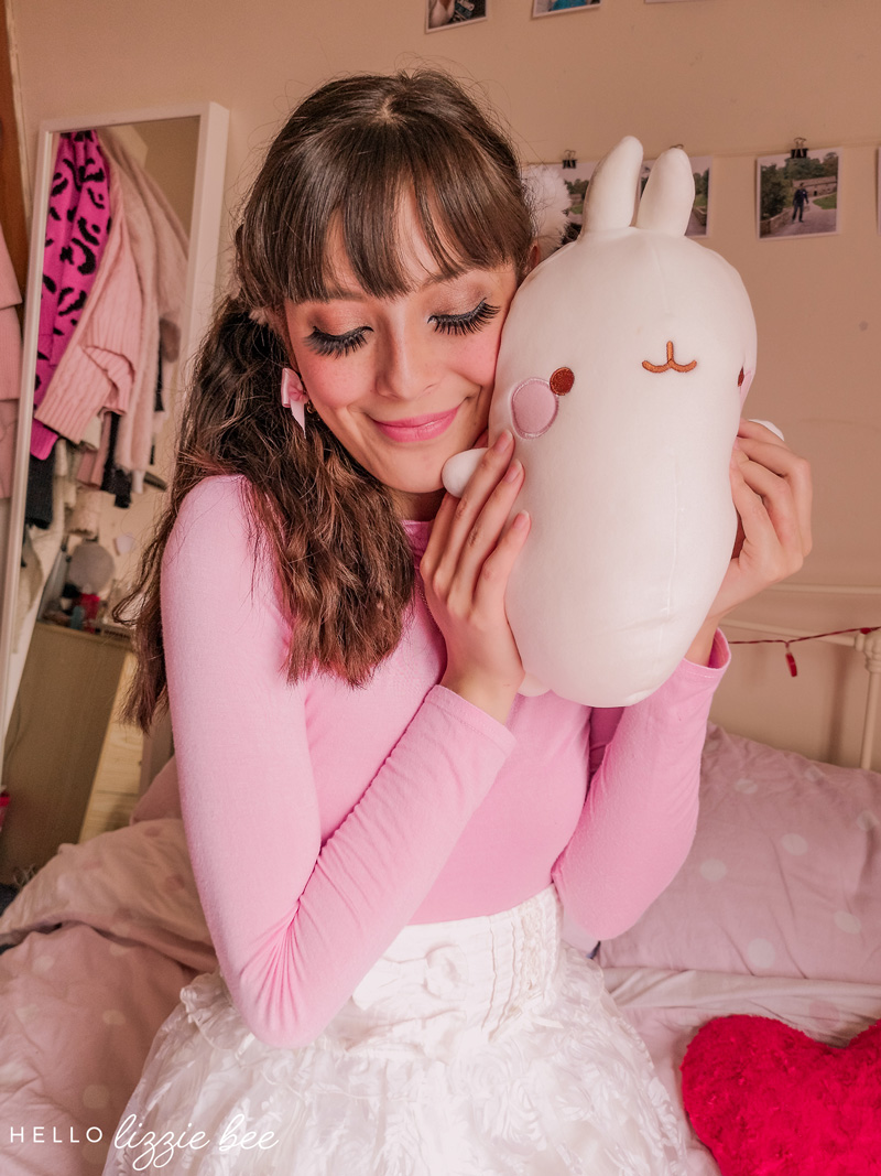 Kawaii fashion featuring Molang by hellolizziebee