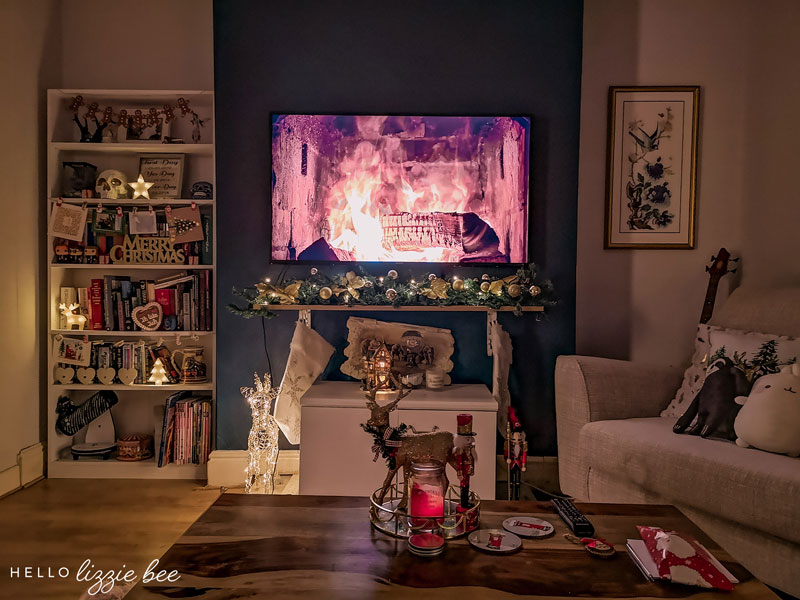 Cosy Christmas Living Room Decor