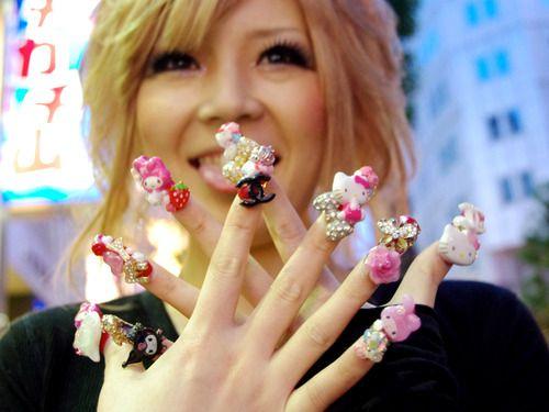 Hello Kitty Gyaru Nails