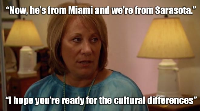 Renee talks to her mom Brenda about the Bachelor Juan pablo.