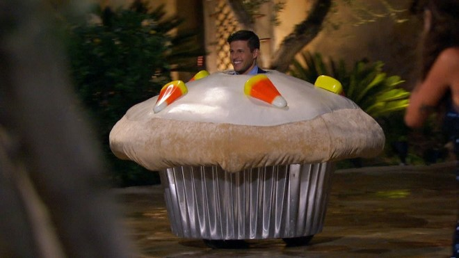 chris-cupcake-kaitlyn-bachelorette