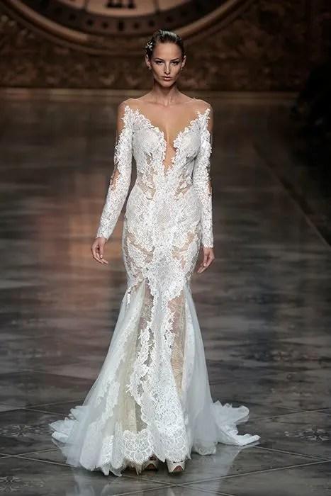Irina Shayk closes Pronovias at Barcelona Bridal Week