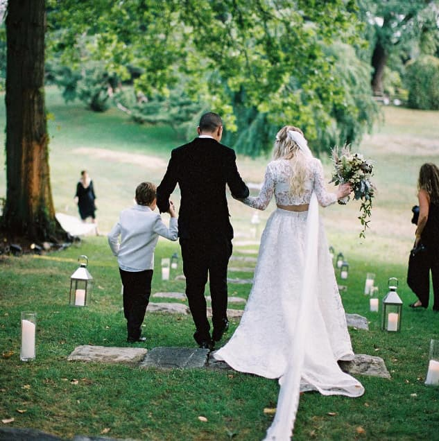 Evan Ross shares photos from wedding to Ashlee Simpson