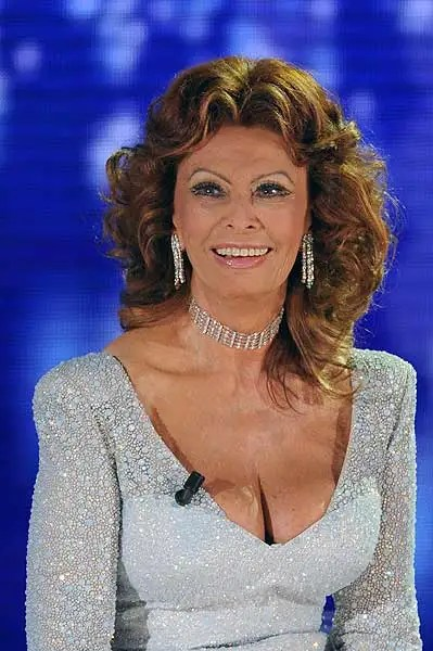 Sophia Loren returns to the Miss Italy pageant