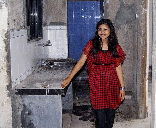Slumdog Millionaire child star Rubina Ali moves into new
