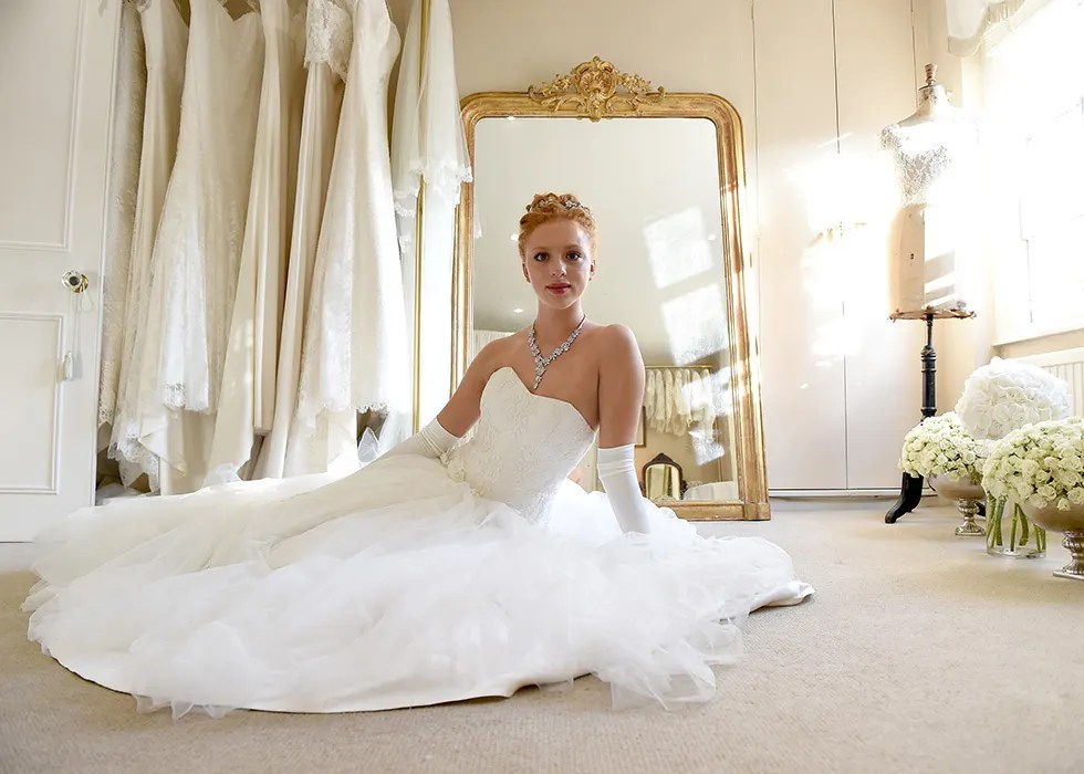 Boris Beckers daughter attends London debutante ball