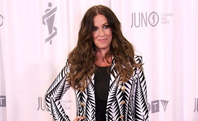 Alanis Morissette S Former Manager Sentenced To Six Years