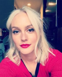 Leighton Meester dyes hair platinum blonde hair and looks ...