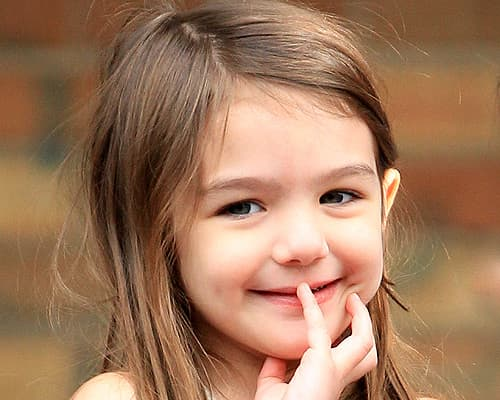 Suri Cruise Hd Wallpapers Looking After Your Kids Smiles Hello