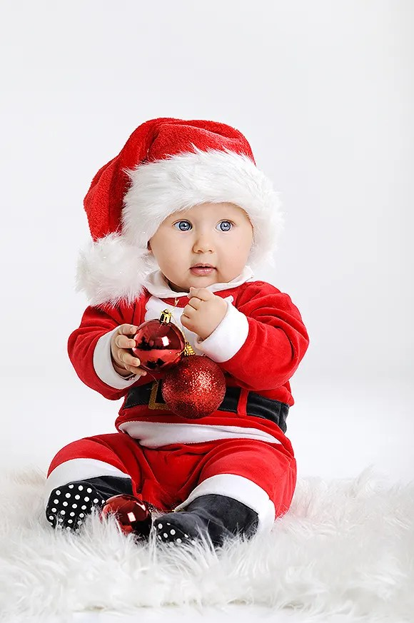 Adorable Christmas costumes for children HELLO!