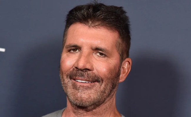 Simon Cowell S Face The X Factor Judge S Youthful