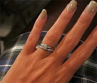 Lily Allen Gives Fans Glimpse Of Her Engagement Ring