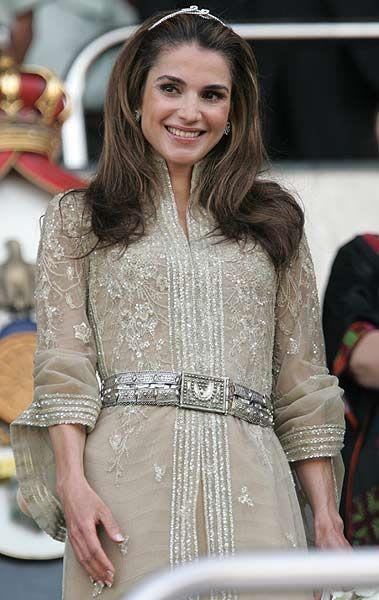 Inspirational Queen Rania of Jordan turns 40  Photo