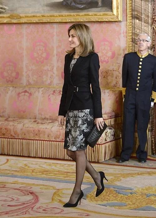 Queen Letizia debuts new shorter haircut  Photo 1