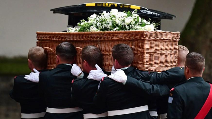 The Queen attends funeral of Countess Mountbatten of Burma ...