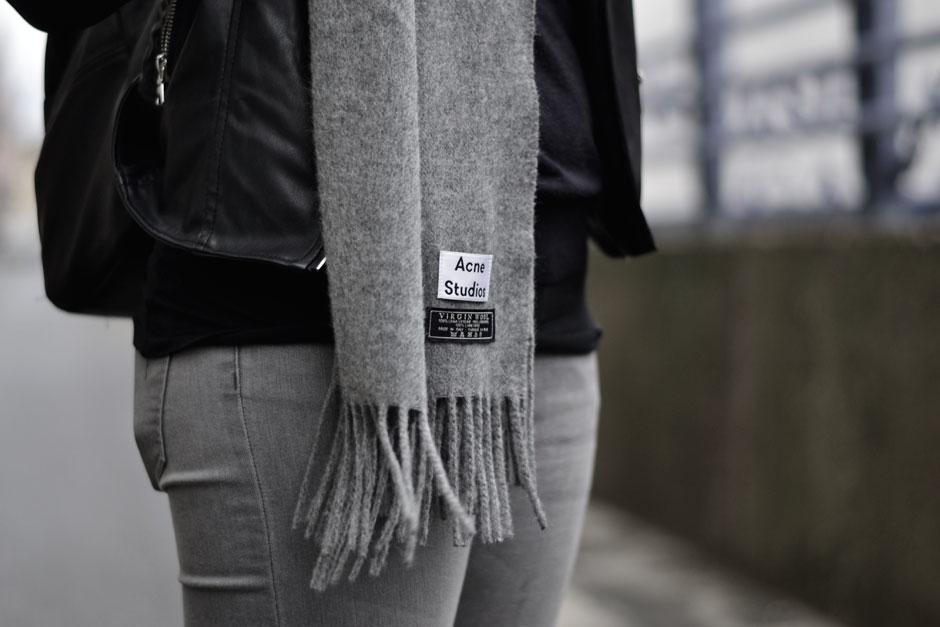 Fashion ID Online Shopping Acne Studios Kanada Schal grey