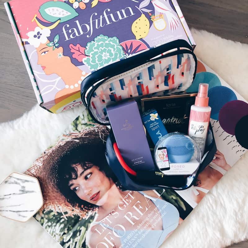 FABFITFUN SUMMER BOX REVIEW HELLONANCE BEAUTY BLOG