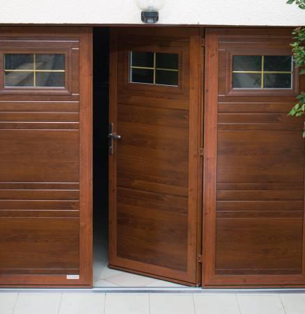 portes de garage pliantes