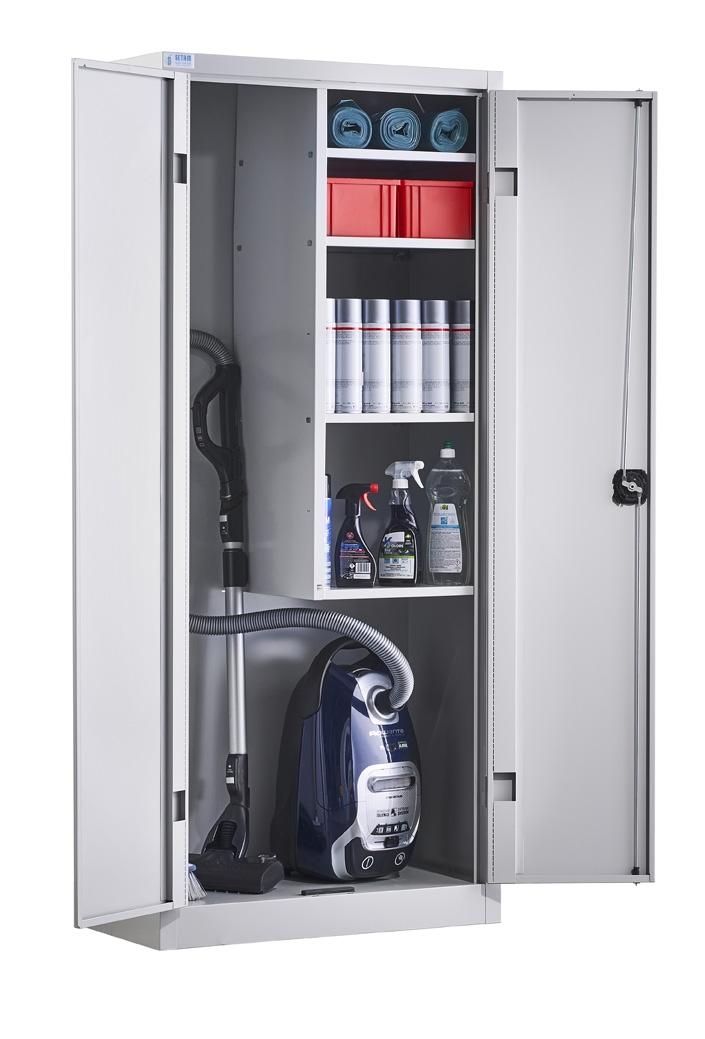 armoire d entretien avec portes battantes