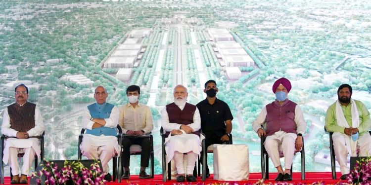 Indian Army, Navy, Air Force and Civilian Officers. Kasturba Gandhi Marg, Africa Avenue, Azadi ka Amrit Kaal, Prime Minister, Narendra Modi, PM India,