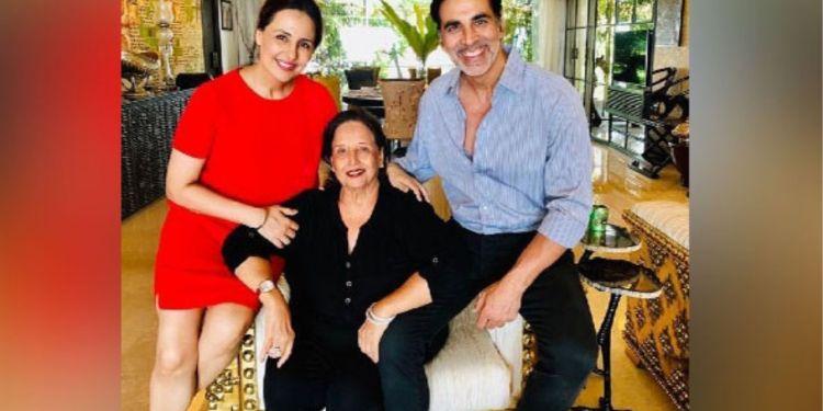 akshay kumar, akshay kumar net worth, Aruna Bhatia , Akshay Kumar's Mother , akshay kumar age, akshay kumar movies, akshay kumar son, Akshay Kumar's Mother Aruna Bhatia,