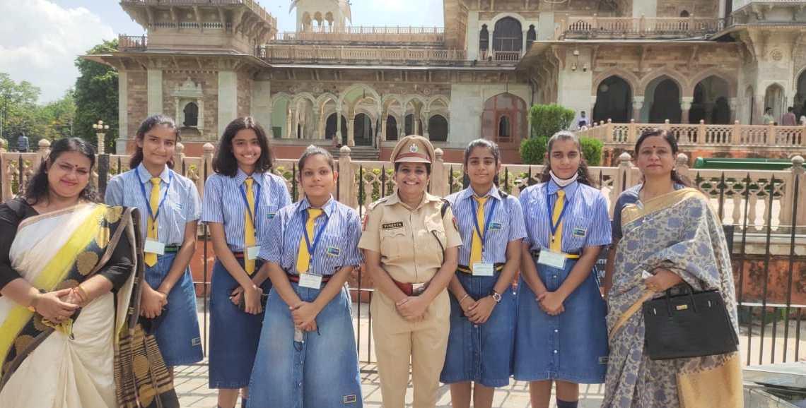 women Nirbhaya Squad, Rajasthan Police, Poddar World School , Commissioner , Suneeta Meena and Sumita Minhas, Nirbhaya sqaud , Jaipur police, dditional Commissioner Rahul Prakash,