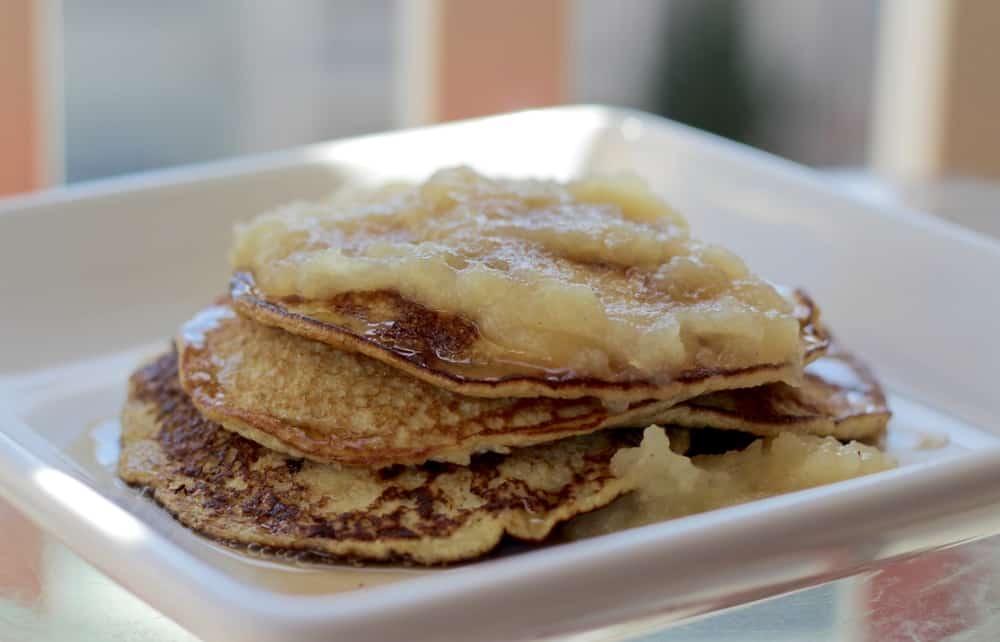 Healthy Pancakes - Apple Cinnamon Pancakes With Two Ingredients