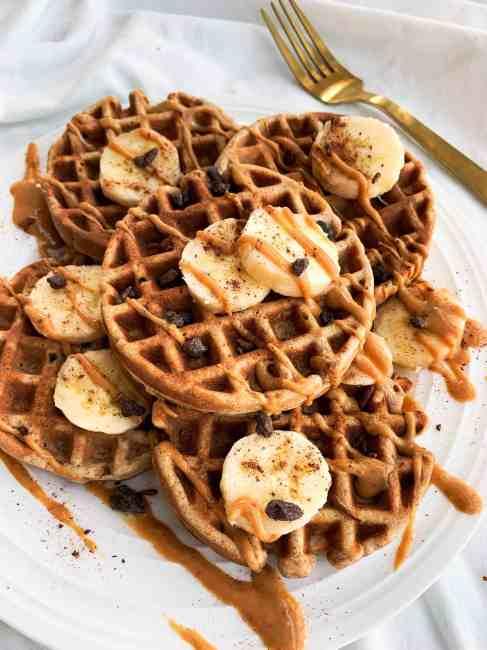 Healthy Whole Wheat Oatmeal Banana Waffles