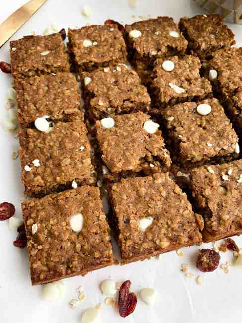 Healthy White Chocolate Cranberry Oatmeal Bars