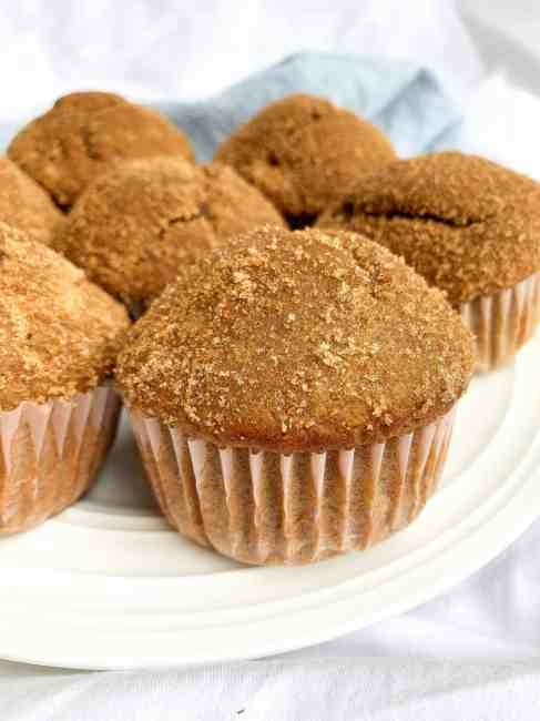 Healthy Snickerdoodle Muffins with applesauce
