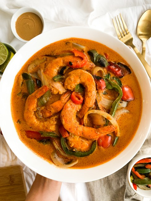 15 Minute Peanut Butter Curry Sauce with Shrimp and Vegetables