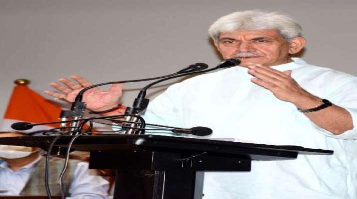 Jammu & Kashmir: Former Ministers, Ex Legislators, Political leaders & Public delegations call on Lt Governor 1