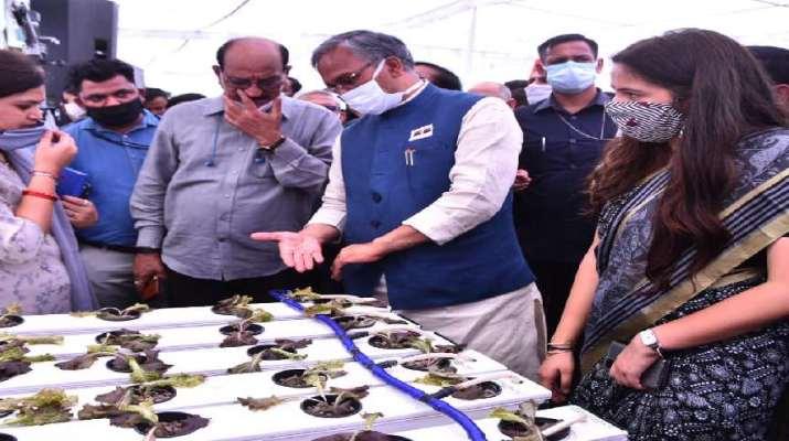 जैविक खेती उत्तराखण्ड की विशेषता है, जिसे बढ़ावा दिया जाना चाहिए-मुख्यमंत्री त्रिवेन्द्र सिंह रावत, 04 लाख किसानों को दिया गया ब्याजमुक्त ऋण-सहकारिता मंत्री धनसिंह रावत 1
