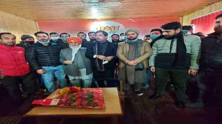 Jammu & Kashmir: Popularity of BJP in J&K has frustrated Gupkar Gang: Shahnawaz Hussain 1