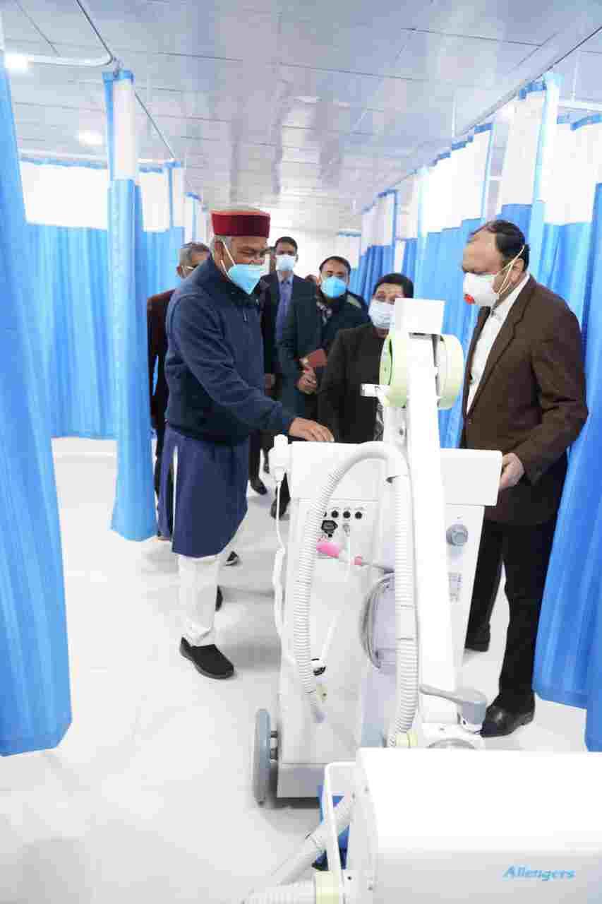 मुख्यमंत्री ने गांधी शताब्दि चिकित्सालय में 132 नई एम्बुलेंस का किया फ्लैग ऑफ़ 4