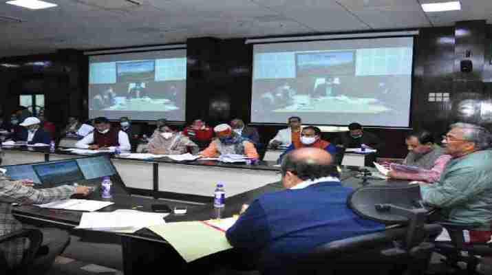 मुख्यमंत्री त्रिवेन्द्र ने की पौड़ी, उत्तरकाशी एवं रूद्रप्रयाग जिलों की सीएम घोषणाओं की समीक्षा 1