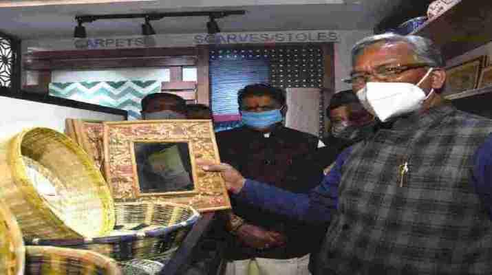 दिल्ली स्थित उत्त्तराखण्ड सदन में उत्तराखंड हथकरघा एवं हस्तशिल्प विकास परिषद के हिमाद्रि एम्पोरियम का हुआ उद्घाटन 1