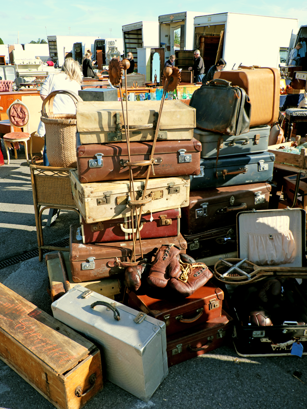 Shopping the Sunbury Antiques Market | Hello Victoria