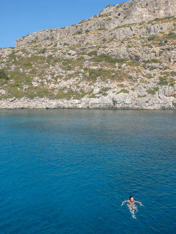 Swimming breaks on the way to Lindos by boat | Hello Victoria