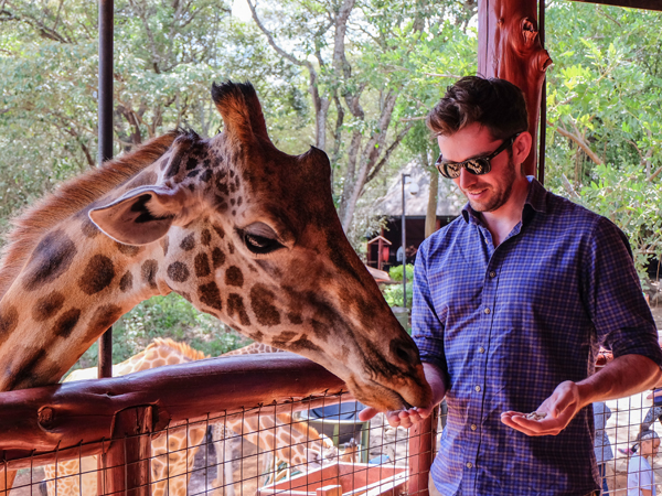 Visiting the Giraffe Centre, Nairobi | Hello Victoria
