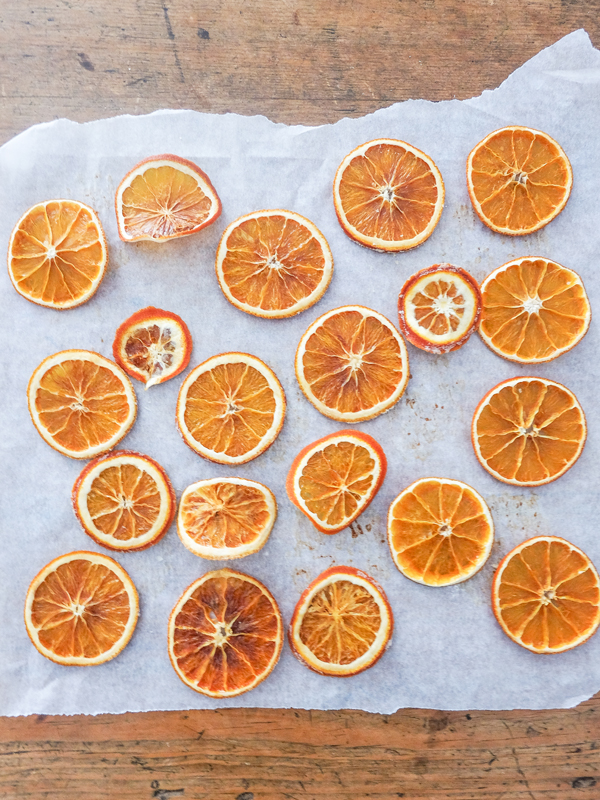 DIY orange slice ornaments | Hello Victoria
