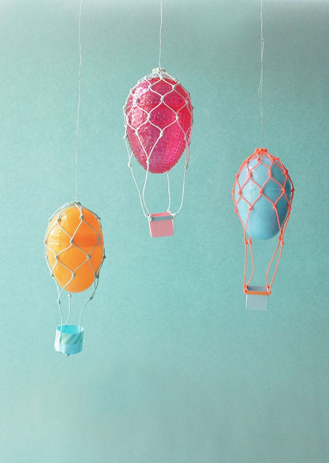 8 MAGICAL HOT AIR BALLOON CRAFTS