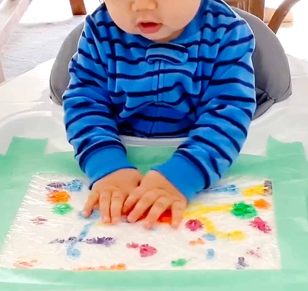 BABY MESS FREE BUBBLE WRAP PAINTING  Hello Wonderful