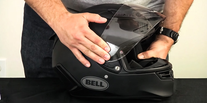 Motorcycle Helmet with Transition Visor Review